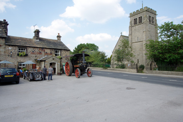 Traction Engine at the Smith's Arms