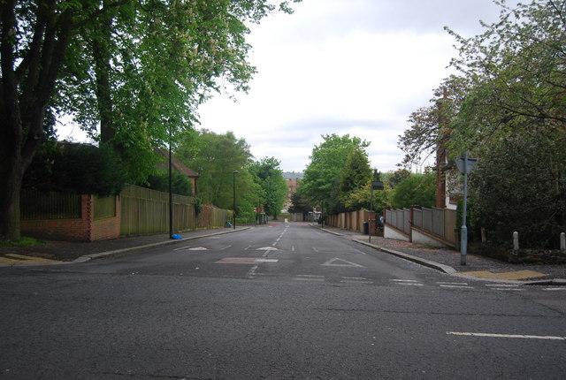 Kingswood Drive