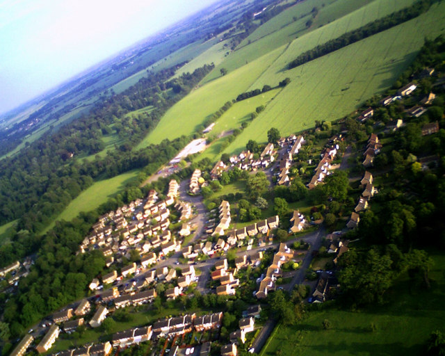 Housing estate and school on southern edge of Bury St. Edmunds