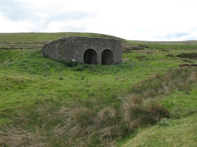 Lime kiln below Dykerow Fell (5)