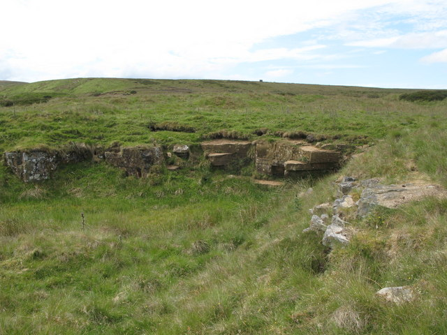 Disused quarry near the lime kiln below Dykerow Fell