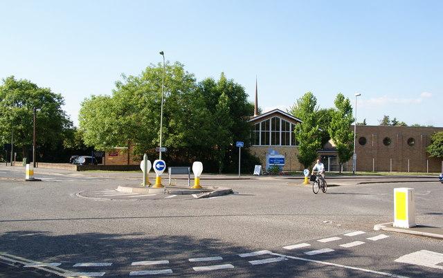 Mini roundabout on Headley Way
