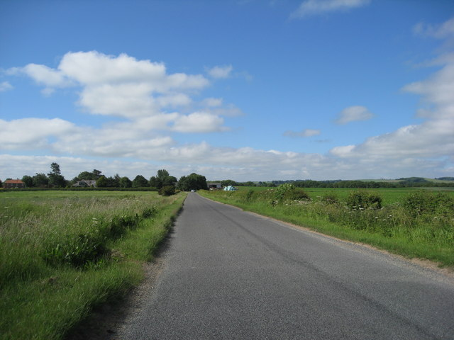 Approaching Tetford on White Gate