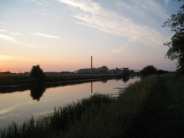 The River Ancholme and South Ferriby cement works