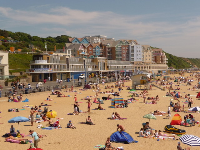 Boscombe: the Overstrand and Honeycombe Chine flats