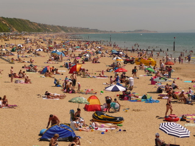 Boscombe: busy beach on hot Sunday afternoon
