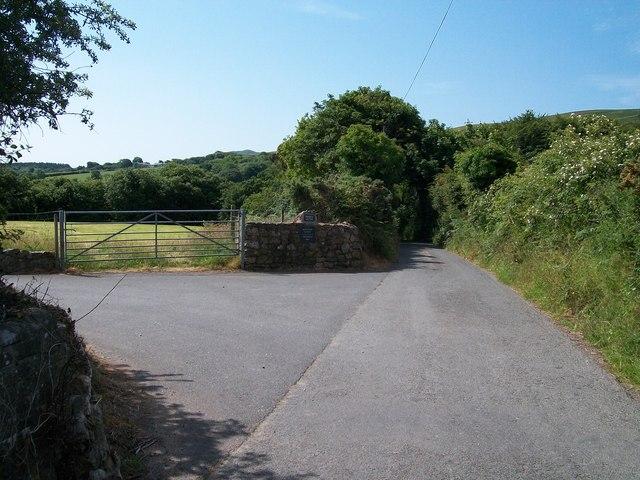 Entrance to the Mochras farm road