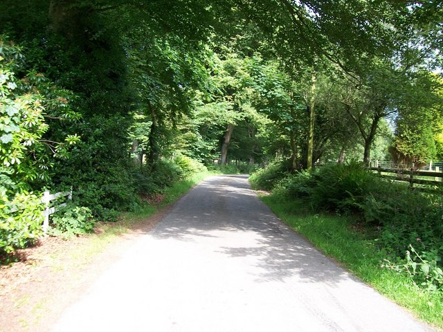 The road north to Groesffordd