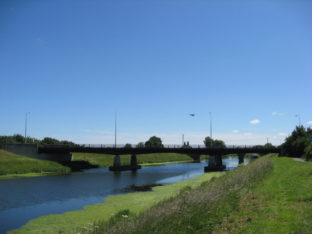 Tattershall Bridge and low flying aircraft