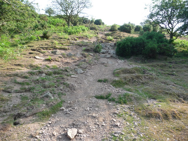Steep footpath up to Three Fingers Rock