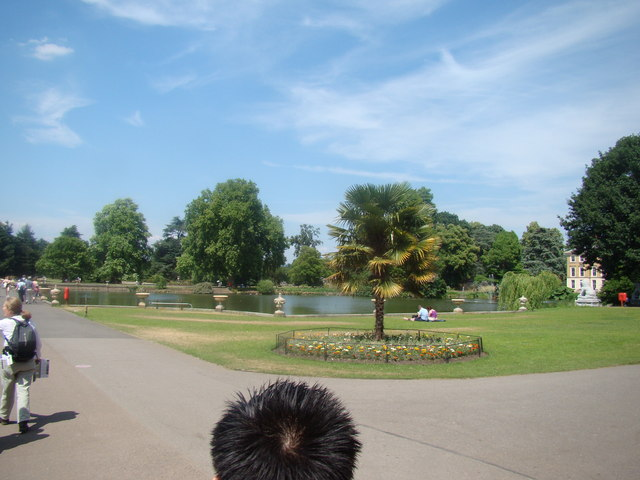 Lake in Kew Gardens
