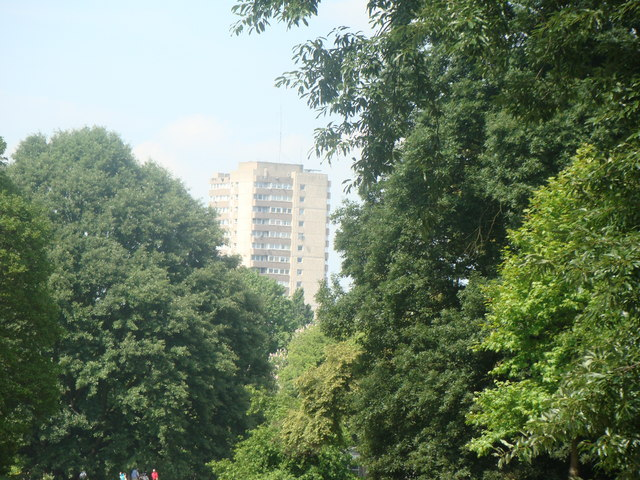 Towerblocks on Green Dragon Lane, viewed from Kew Gardens