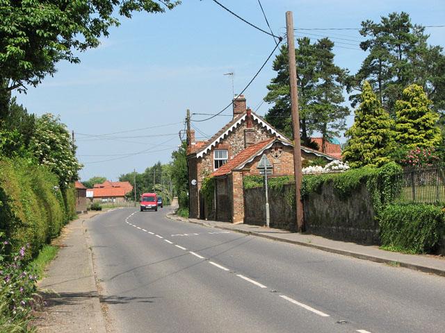 B1153 road through the village of Grimston