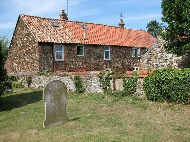 Cottage north of St Botolph's church, Grimston