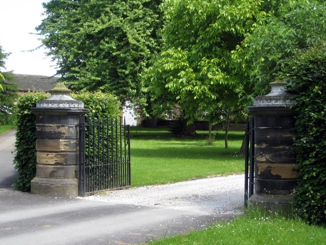 Heath conservation village - Heath Hall SW gate piers