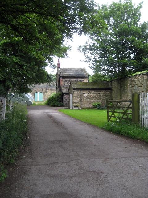 Heath conservation village -  Heath Hall farm barn (2)