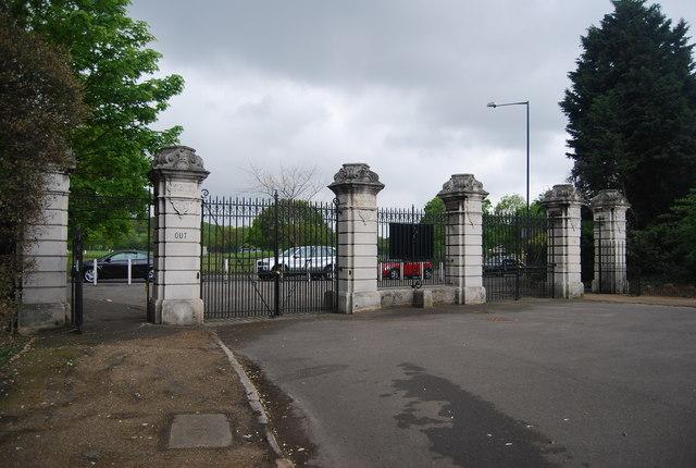 Rosebery Gate, Dulwich Park