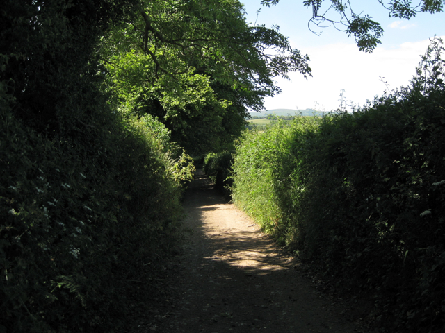 Track northwest from Wotton Cross