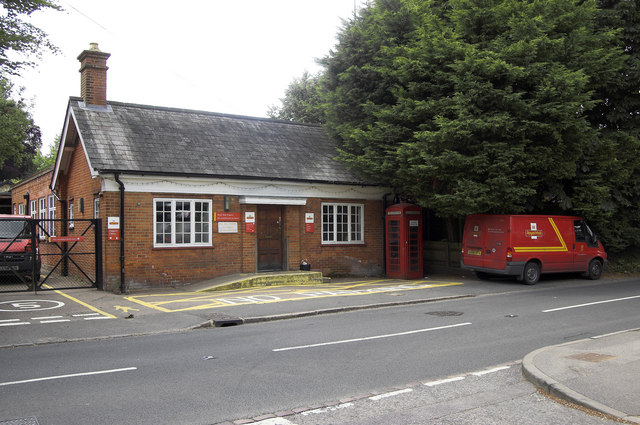 East Horsley Delivery Office