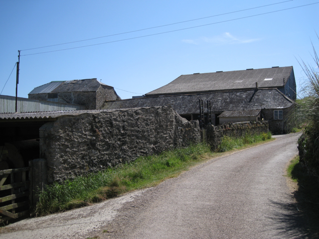 Farm buildings, Lower Wotton: 1