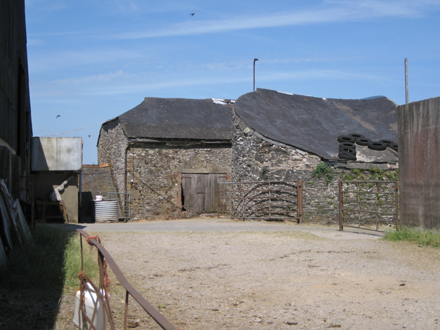 Farm buildings, Lower Wotton: 3