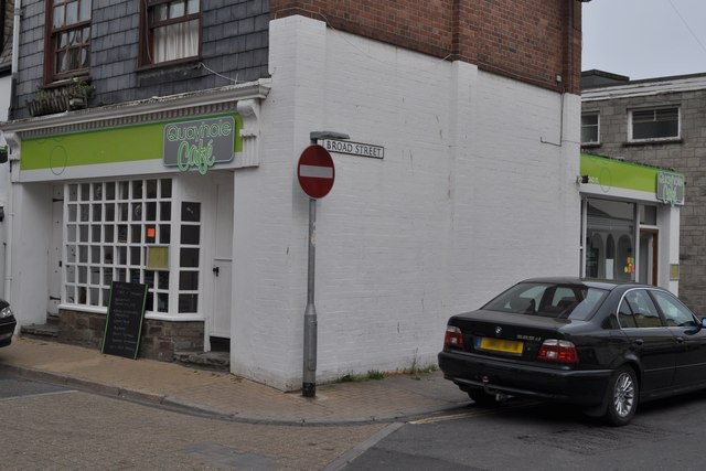 Quayhole Café, 79 Fore Street, Ilfracombe
