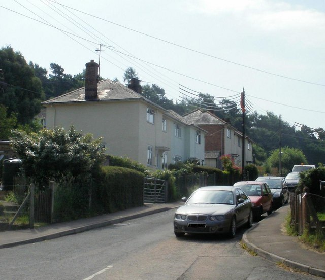 Parkend - contrasting sides of the street(1)