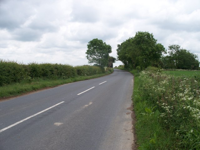 The road to Bourton