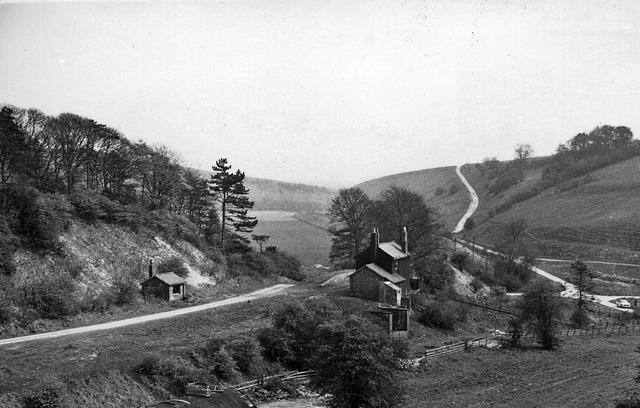 Burdale Station (remains)