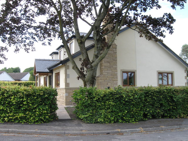 New house on Waddow Grove
