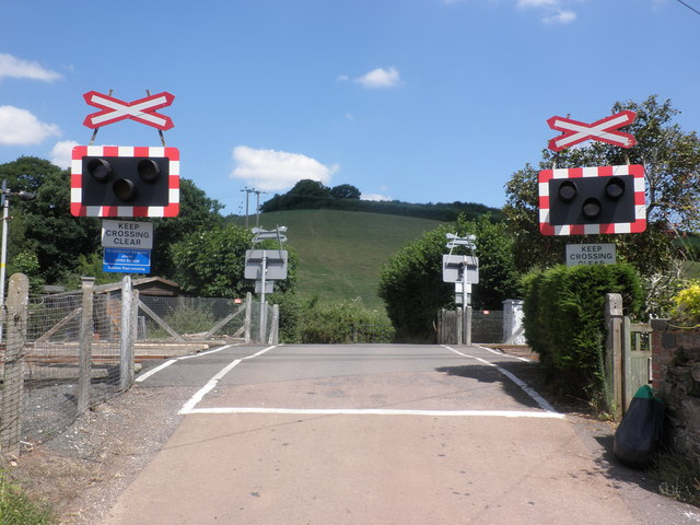 Level crossing, near Salmonhutch