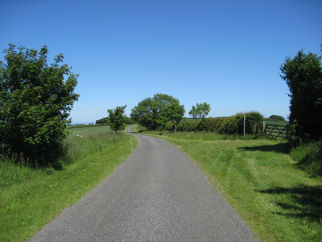 Oslear's Lane approaching Maidenwell