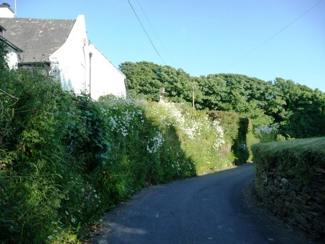 Bend in the lane, Ringmore