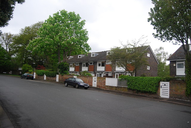 Terraced houses, Crescent Wood Rd