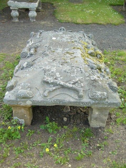 18thC tombstone, Aberlady