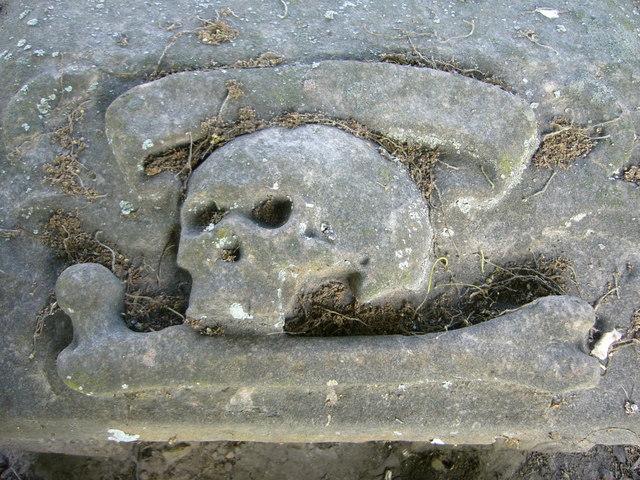 18thC death's head, Aberlady
