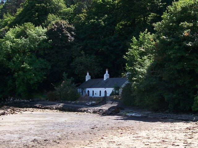 Foxhole Cottage, Llanbedrog beach