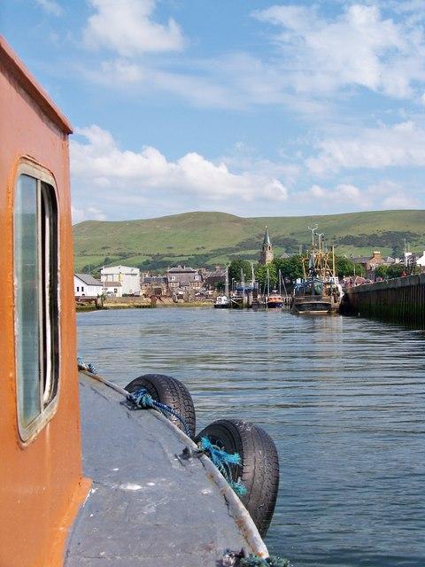 Into Girvan Harbour