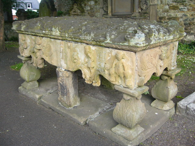 18thC table tombstone, Tranent kirkyard