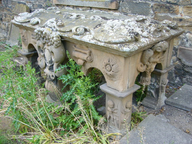 18thC table tombstone, Tranent kirkyard