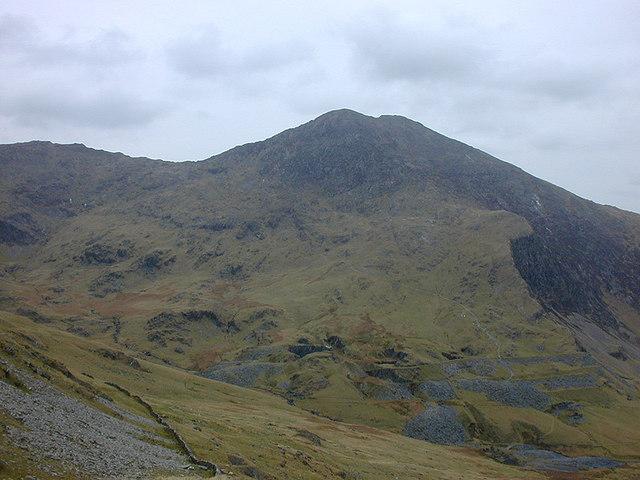 View towards Y Lliwedd