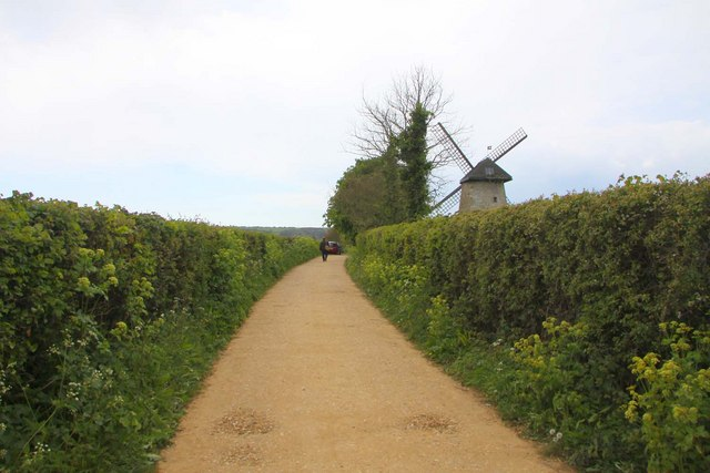 The track to Bembridge Windmill