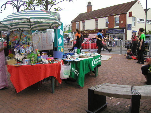 Stalls and dancing at Abbey Green fun day