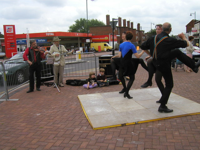 Dancers and musicians at Abbey Green fun day