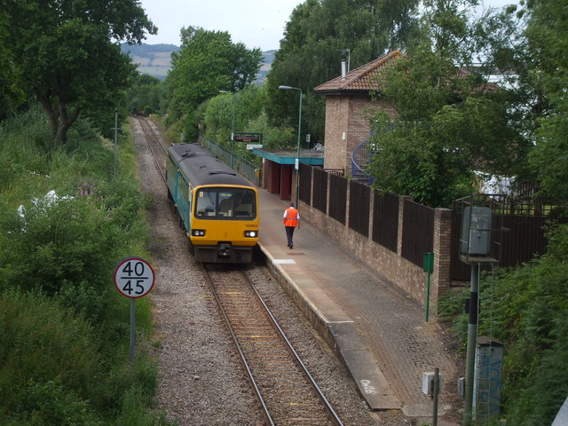 South-bound train about to leave Heath Low Level Station, Cardiff