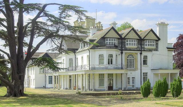 Mansion, Brickendonbury (5)