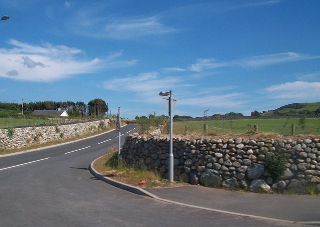 Minor road junction at Aberdesach