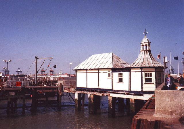 Halfpenny Pier, Harwich