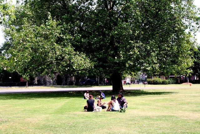 Haggerston:  Stonebridge Gardens