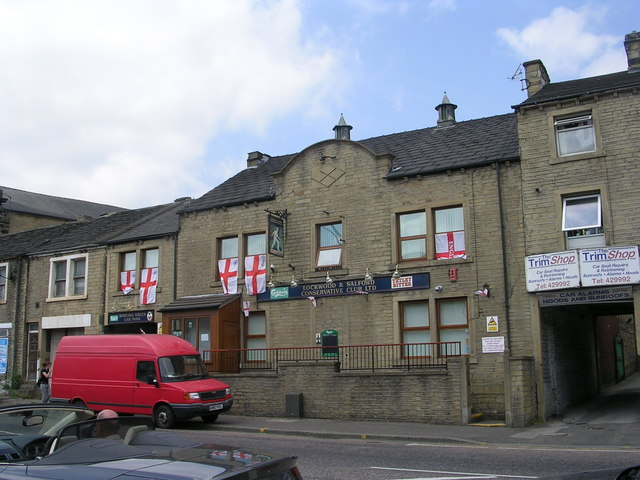 Lockwood & Salford Conservative Club - Lockwood Road